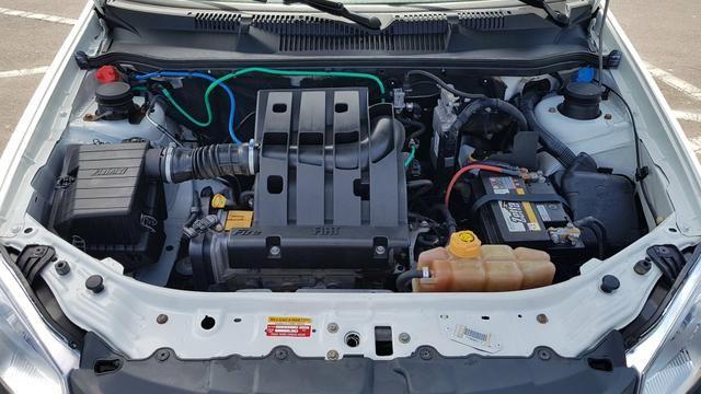 Fiat Strada Working 1.4 Flex - Foto 6
