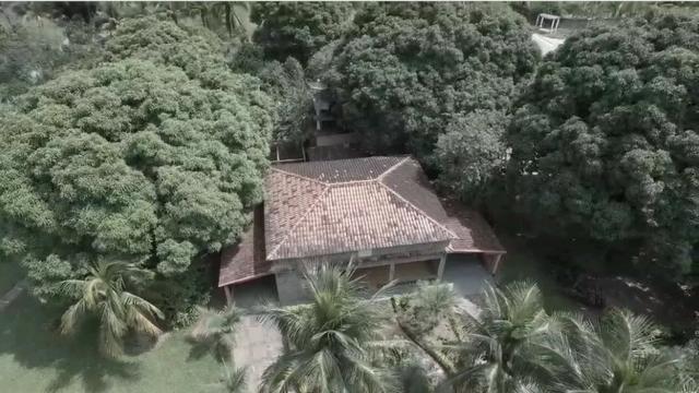 Sítio 9.000 m² com 2 casas - piscina - área social - todo murado - Itaguaí