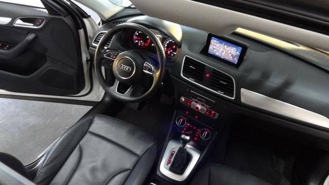Audi Q3 1.4 TFSi Ambiente S-Tronic 2016 - Foto 11