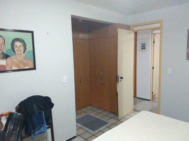Apartamento Nascente no melhor do Bairro Meireles ao poucos metros da Beira Mar - Foto 7