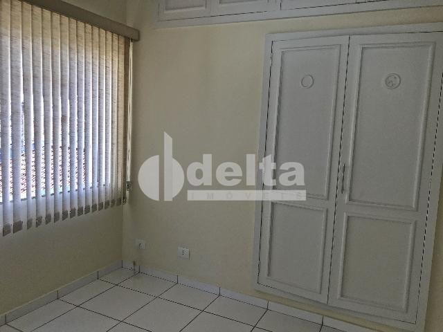 Apartamento para alugar com 3 dormitórios em Centro, Uberlandia cod:603197 - Foto 10