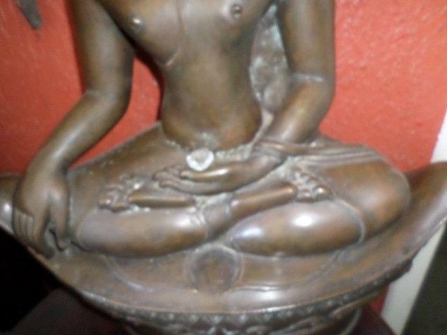 Buda (budha) em Bronze - Raro o preço é fixo! Ver o preço a vista por um tempo limitado! - Foto 2