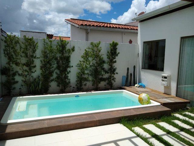 Casa em condomínio fechado, 3/4 um suíte c closet, piscina, área gourmet  - Foto 13