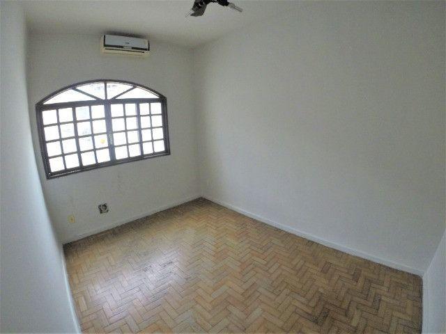 Alugo Casa Comercial / Residencial em Jucutuquara com 387m² e 5 quartos - R$ 5.000 - Foto 12