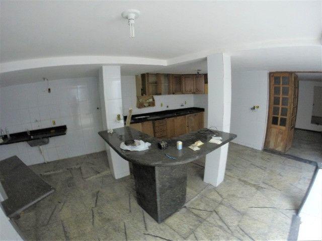 Alugo Casa Comercial / Residencial em Jucutuquara com 387m² e 5 quartos - R$ 5.000 - Foto 7