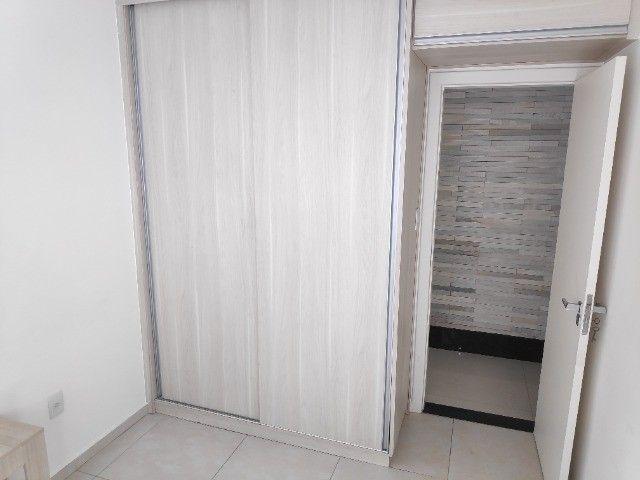 Apto Cobertura, suite e closed 3 quartos 3 banhos 2 salas área externa e 2 vagas cobertas - Foto 5