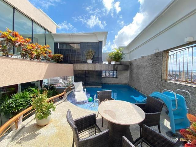 Cobertura espetacular com 495 m² privativos e 6 vagas de garagem - Foto 10