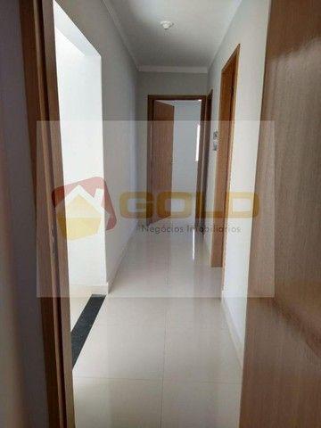 Casa para Venda em Uberlândia, São Jorge, 3 dormitórios, 1 suíte, 2 banheiros, 2 vagas - Foto 14