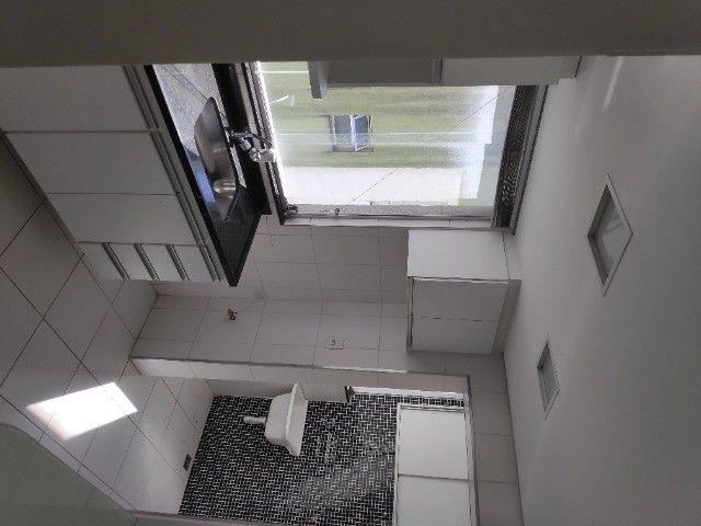 Apto Cobertura, suite e closed 3 quartos 3 banhos 2 salas área externa e 2 vagas cobertas - Foto 7