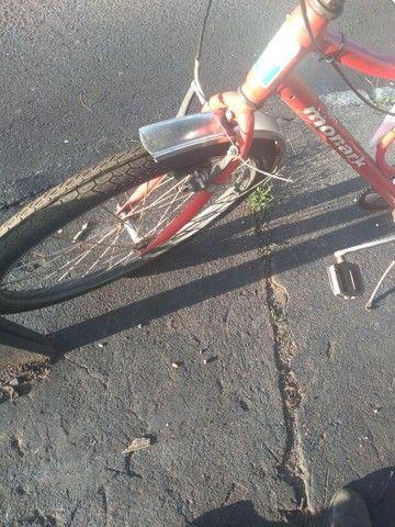Bicicleta Monark ano 2011 - Foto 4