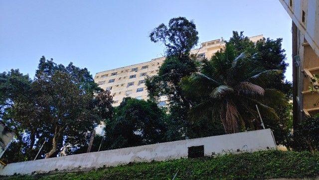Alugo Apartamento Temporada Catete. Próximo Metrô, Centro. Silencioso, vista para jardim. - Foto 18