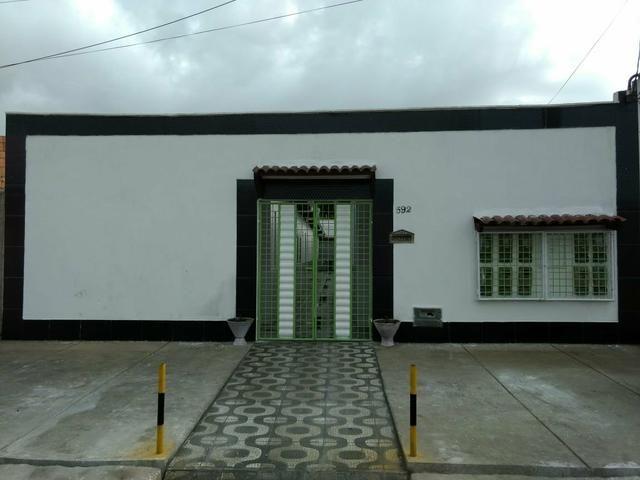 Aluguel+Água+Wi-fi = 250 )Cecília Residence(