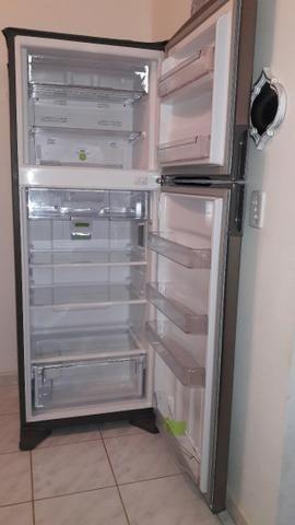 Geladeira Consul duplex em aço inox Frost Free 441 litros Semi nova - Foto 6