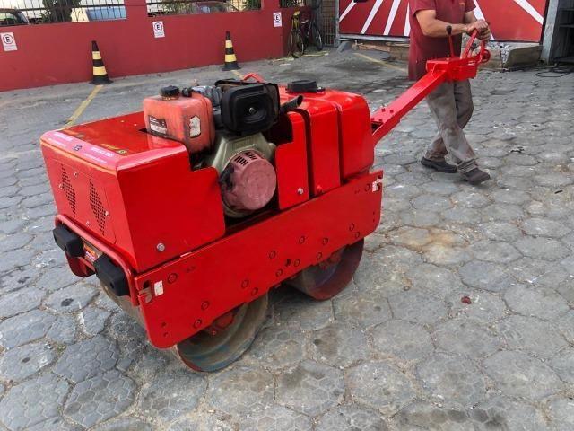 Rolo Compactador Reformado de 2 cilindros manual 750 - Foto 3