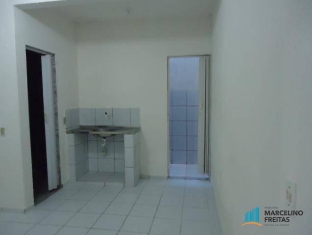 Apartamento com 2 dormitórios para alugar, 50 m² por r$ 559,00/mês - jacarecanga - fortale - Foto 3