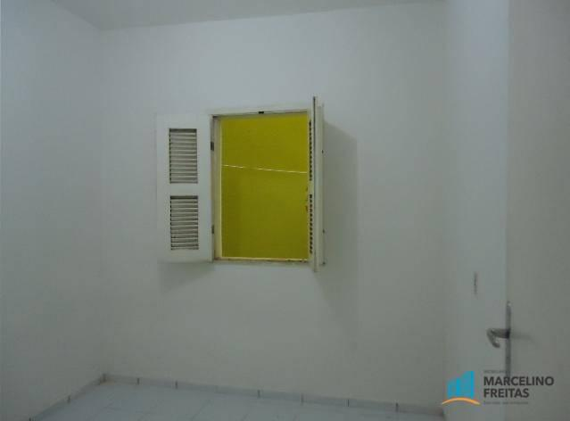 Apartamento com 2 dormitórios para alugar, 50 m² por r$ 559,00/mês - jacarecanga - fortale - Foto 8
