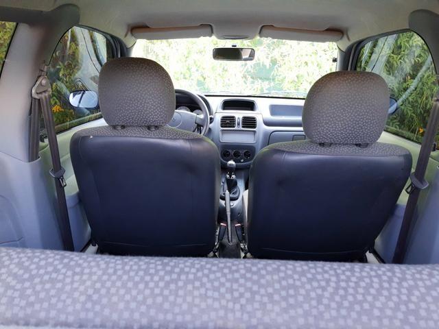 Renault clio 2011 apenas km 84.000 originais !! - Foto 10
