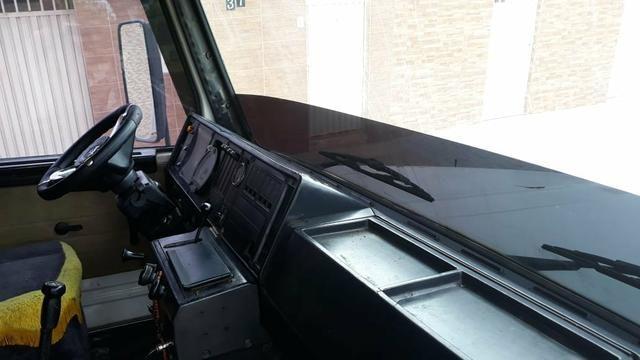 Vende se Scania 112 H