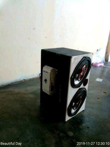 Vende-se uma caixinha de som com potência e cabo RCA - Foto 2