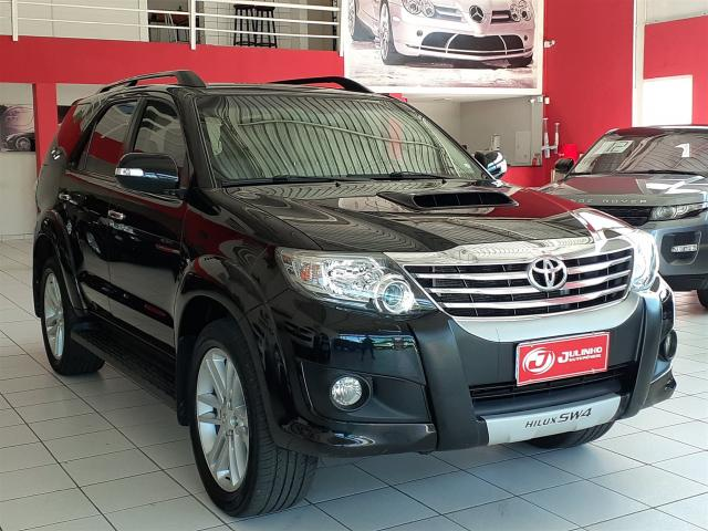 TOYOTA HILUX SW4 2012/2012 3.0 SRV 4X4 7 LUGARES 16V TURBO INTERCOOLER DIESEL 4P AUTOMÁTI