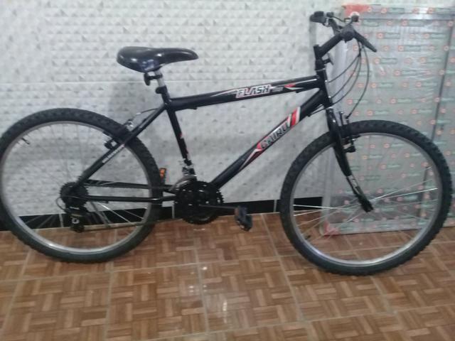 Bike Cairu Flash aro 26 c/marchas