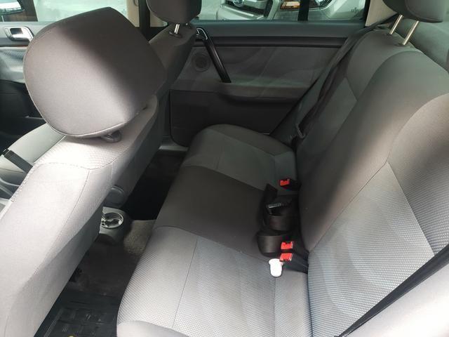 Polo Sedan Confortline 2008/2009 - Foto 6