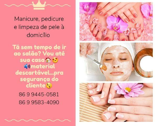 Manicure, pedicure e limpeza de pele