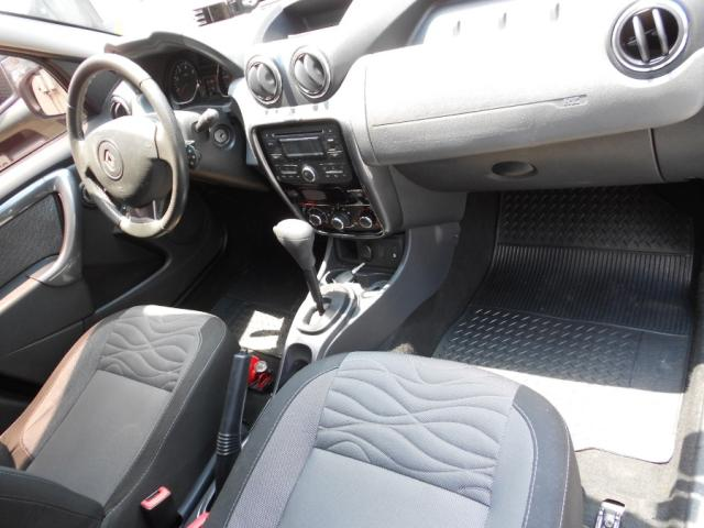 Renault DUSTER Dynamique 2.0  Hi-Flex 16V Aut. - Preto - 2013 - Foto 11