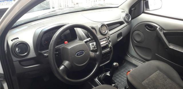 Vendo, carro Ford Ka em perfeito estado. Telefone: *(whatsApp) é * - Foto 4