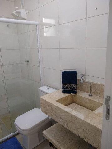 Casa em condomínio fechado, 3/4 um suíte c closet, piscina, área gourmet  - Foto 8