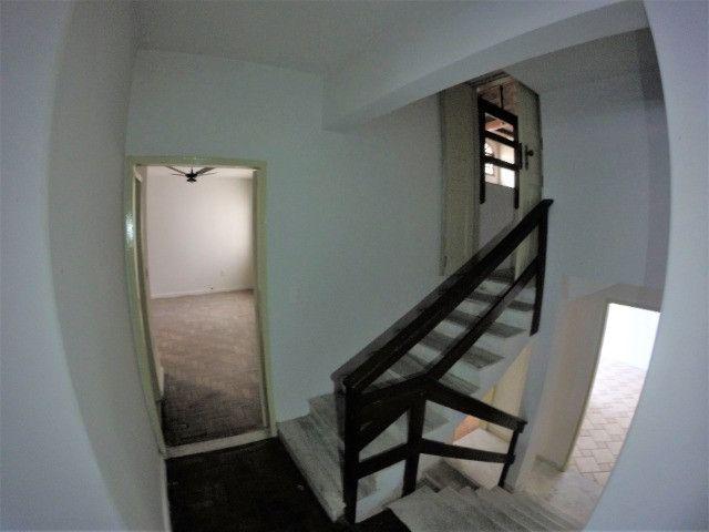 Alugo Casa Comercial / Residencial em Jucutuquara com 387m² e 5 quartos - R$ 5.000 - Foto 16