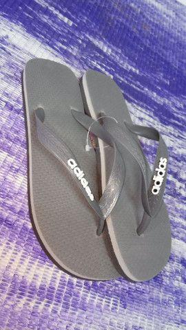 Chinelos e sandálias  - Foto 4