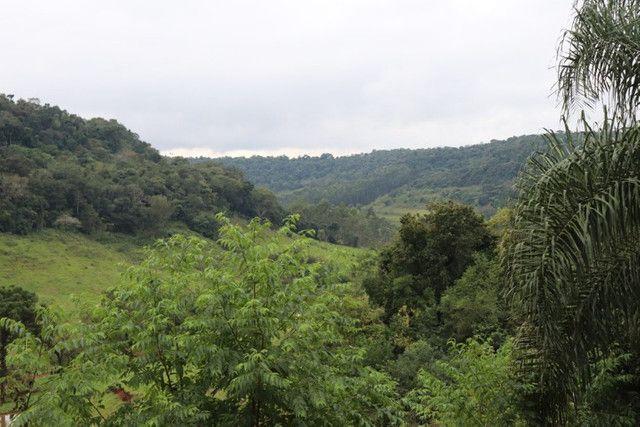Vendo linda chácara no alto da montanha com vista para o Vale - Foto 15