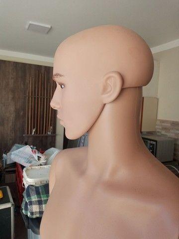 Manequim masculino de resina sem uso olho vidro - Foto 4