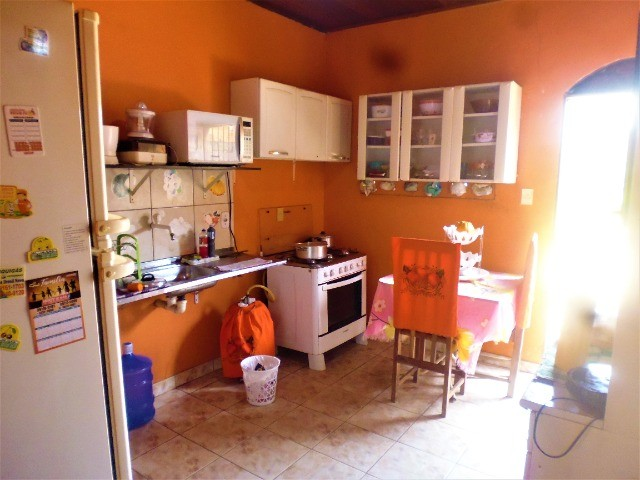 Vendo Casa No Infraero 2 Em Rua Asfaltada e Próximo de Tudo - Foto 16
