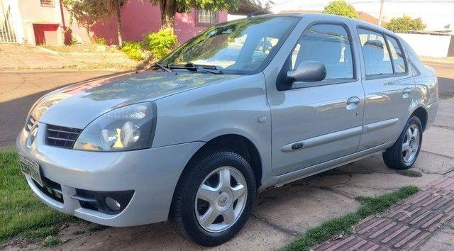 Clio sedan 1.6 08/09 - Foto 3
