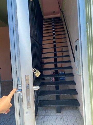 Apartamento com suíte e varanda - Foto 4