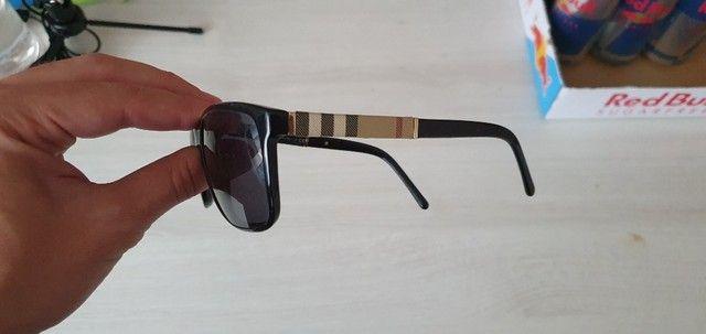 Óculos de Sol Burberry Quadrado BE4181 Masculino - Preto - Foto 3