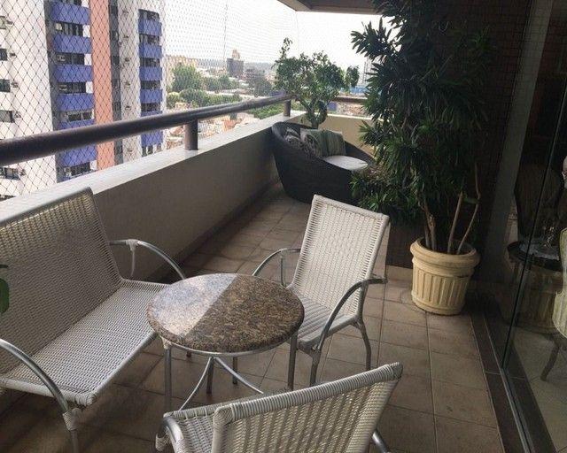 Amplo apartamento no Ed. Solar de Ainá - 3 suítes, estilo clássico, andar alto, bairro do  - Foto 7