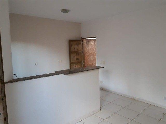 Casa Já financiada. Asfalto, com varanda, 2 quartos e etc. Parcela R$ 570,00. Caiobá - Foto 5