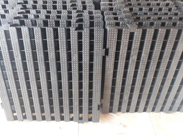 Estrado plástico 40x40x4,5