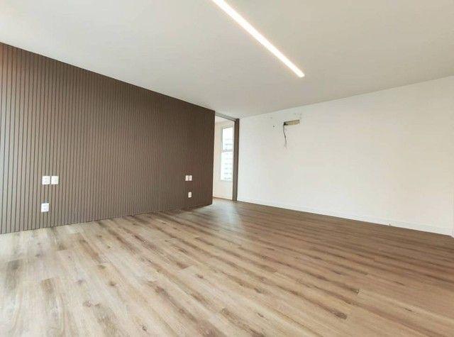 Apartamento de luxo a poucos passos da Av. Beira Mar. - Foto 16