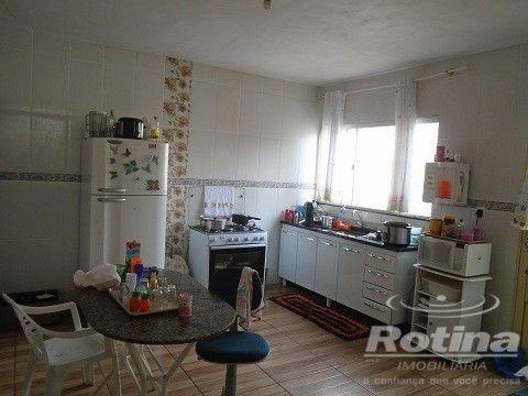 Casa à venda, 4 quartos, 1 suíte, 2 vagas, Residencial Gramado - Uberlândia/MG - Foto 14