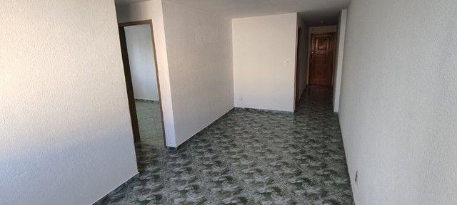 Apartamento para alugar em Irajá com 2 quartos, garagem em ótima localização - Foto 4