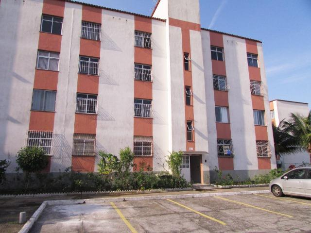 Lindo apartamento reformado condomínio fechado no Balneário de Jacaraípe - Foto 2