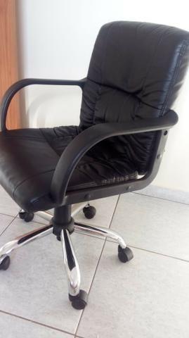 Cadeira preta - Foto 2