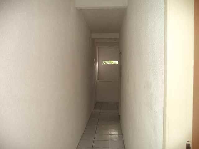 Apartamento com 2 dormitórios para alugar, 50 m² por r$ 559,00/mês - jacarecanga - fortale - Foto 5