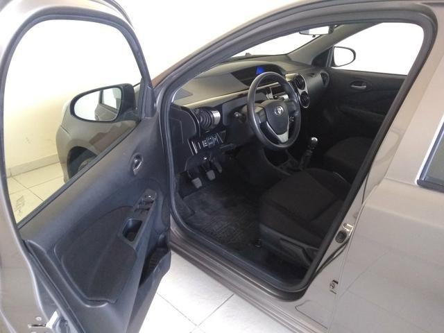 ETIOS Hatch X 1.3L Flex Manual 2019 - Foto 11