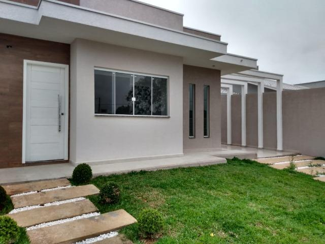 Excelente Residência de Esquina-Eucaliptos-Fazenda Rio Grande-PR. R$240.000,00
