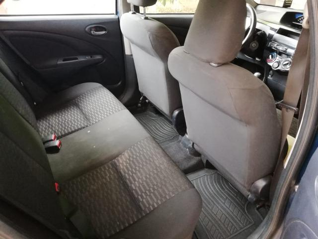 Toyota etios 1.3 ret unico dono